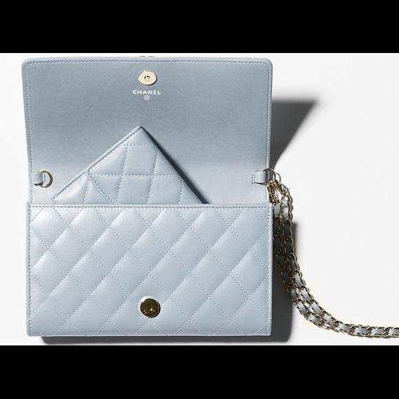 1b956f545403 Bags   C H A N E Ltrade Iridescent Coin Purse Boy Walle   Poshmark